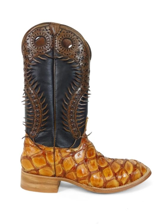 Men Boots Pirarucu Cognac 100